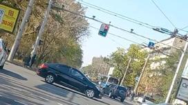 Странно работающий светофор