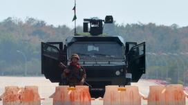 В столице Мьянмы заблокированы дороги