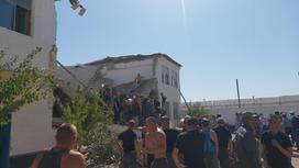 Обрушилось здание общежития
