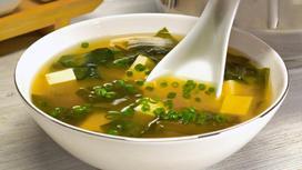Мисо-суп в миске