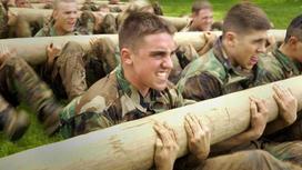Военные на подготовке