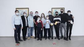 Юрий Харламов и блогеры с детьми