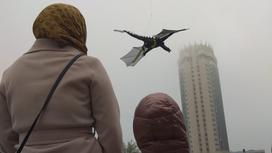 Дракон в небе Алматы