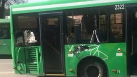 Пострадавший в ДТП автобус