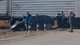 Автомобиль, сбитый поездом в СКО