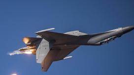 Военный самолет Китая