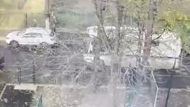 Вид из окна школы в Москве, у которой слышали стрельбу