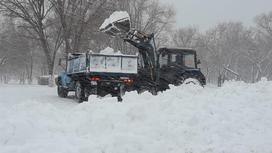 Караганду завалило снегом