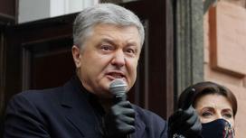 Петр Порошенко произносит речь перед народом