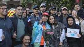 Казахстанцы и другие участники марафона в Лондоне