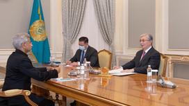 Касым-Жомарт Токаев принял министра иностранных дел Индии Субраманияма Джайшанкара