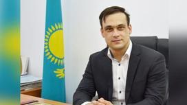 Казахстанский мастер спорта по тяжелой атлетике Илья Ильин