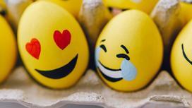 Смайлики на яйцах
