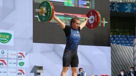 Тяжелоатлетка Екатерина Быкова