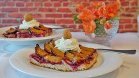 Пирог со сливами: лучшие пошаговые рецепты вкусного десерта