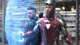 кадр из фильма «Мстители: Финал»