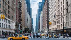 Улица мегаполиса