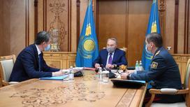 Нурсултан Назарбаев, Асет Исекешев и Нурлан Ермекбаев