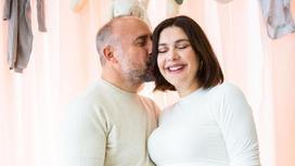 Халит Эргенч с супругой