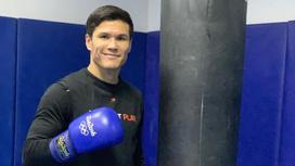 Казахстанский боксер Данияр Елеусинов