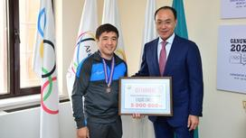 Елдос Сметов и Кайрат Кожамжаров
