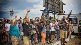 Протестующие после смерти Флойда