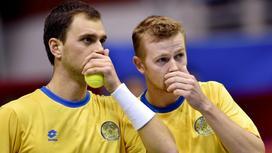 Теннисисты Александр Недовесов и Андрей Голубев