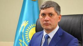Анатолий Шкарупа на рабочем месте
