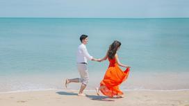 Пара у моря