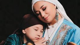 Мадина Садвакасова с сыном