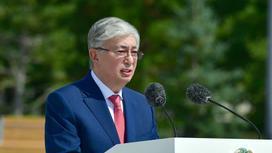 Касым-Жомарт Токаев на открытии памятника Нурсултану Назарбаеву