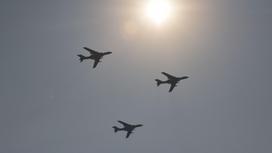Три бомбардировщика H-6K НОАК