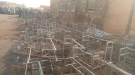 Руины после пожара в школе