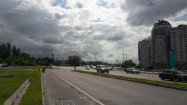 вид на город на фоне неба