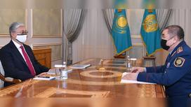 Президент РК Касым-Жомарт Токаев и глава МВД РК Ерлан Тургумбаев