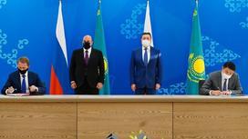 Аскар Мамин и Михаил Мишустин