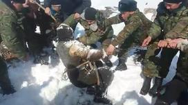 Мужчину вытащили из колодца в Туркестанской области