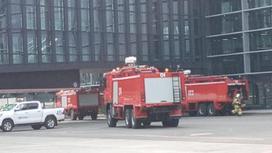 Пожарные машины рядом с аэропортом Нур-Султана