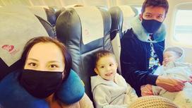 Айкын с семьей. Фото