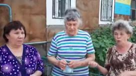 Жители дома в Семее