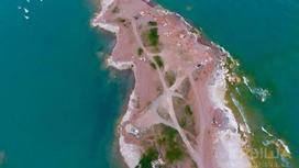 Часть полуострова, выставленная на продажу