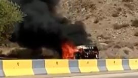 "Микроавтобус горит на трассе ""Алматы-Капшагай"""