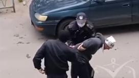 Задержание мужчины в Павлодаре