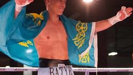 Казахстанский боксер Батыр Джукембаев отправил соперника в нокаут за 35 секунд (видео)