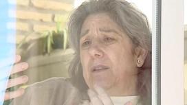 Из-за картошки испанка подхватила редкие болезни и уже 13 лет живет за стеклом