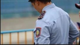 Алматыда 150-ге жуық полицейді жұмыстан шығарып жіберген