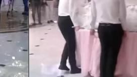 """""""Шымкентский понт"""": очередной огромный торт на свадьбе обсуждают в Казнете"""