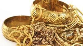 Бриллиант сырға жүзігімен: Қызылордалықтар құдаларына қымбат сый жасап жарысуда