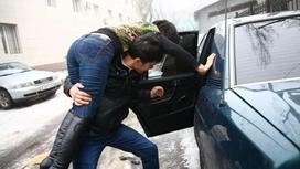 """Қыз """"мал"""" емес: Астаналық жігіт оңтүстіктің қыз алып қашу дәстүрін сынға алды"""