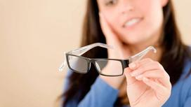 Ученые: Люди, которые носят очки, умнее людей с хорошим зрением